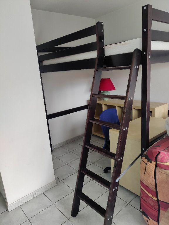 Appartement à louer 1 31m2 à Mont-de-Marsan vignette-2