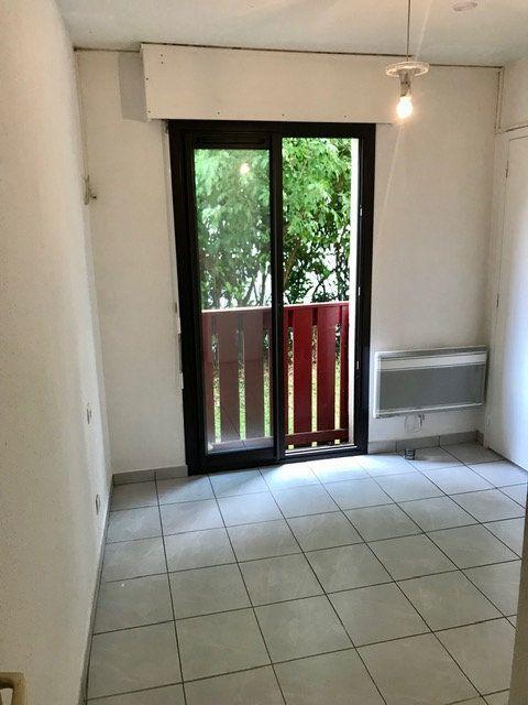 Appartement à louer 2 33.88m2 à Mont-de-Marsan vignette-5