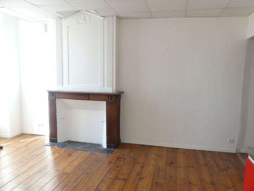 Immeuble à vendre 0 80m2 à Mont-de-Marsan vignette-4