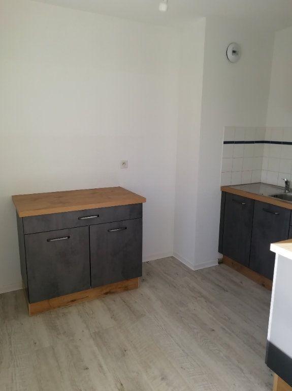 Appartement à louer 2 47.75m2 à Mont-de-Marsan vignette-6
