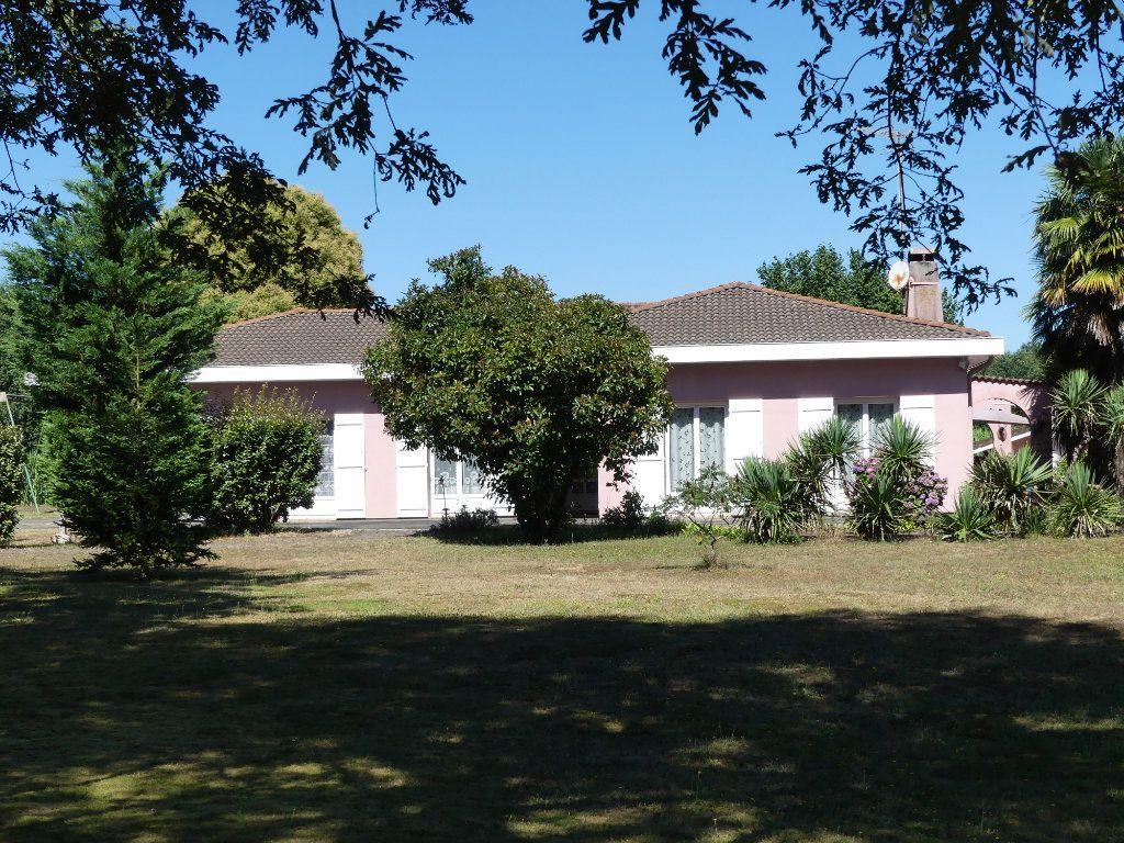Maison à vendre 6 155m2 à Morcenx vignette-1