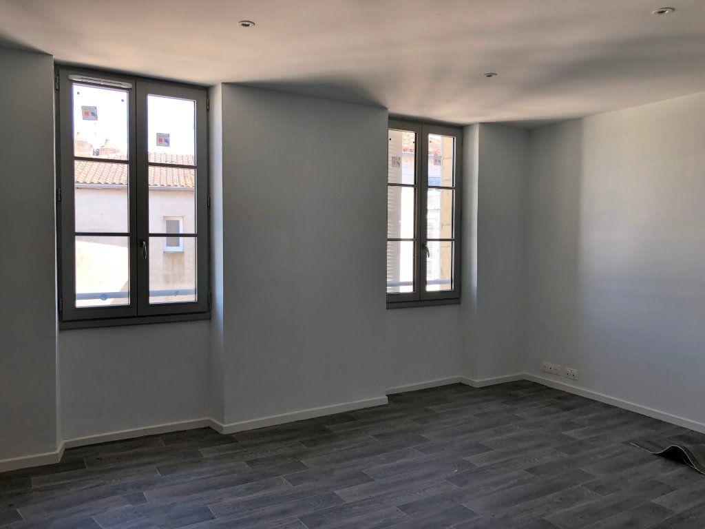 Appartement à louer 2 50.53m2 à Saint-Sever vignette-1