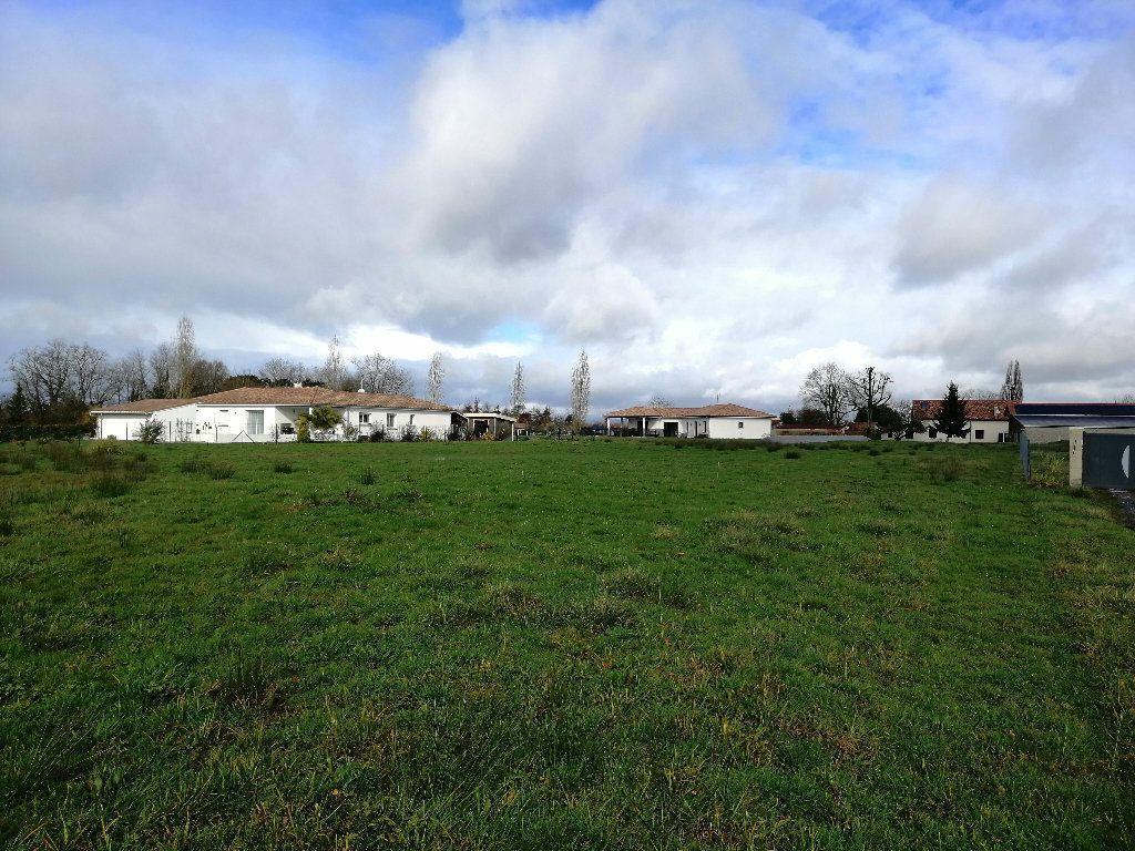 Terrain à vendre 0 2401m2 à Saint-Sever vignette-1