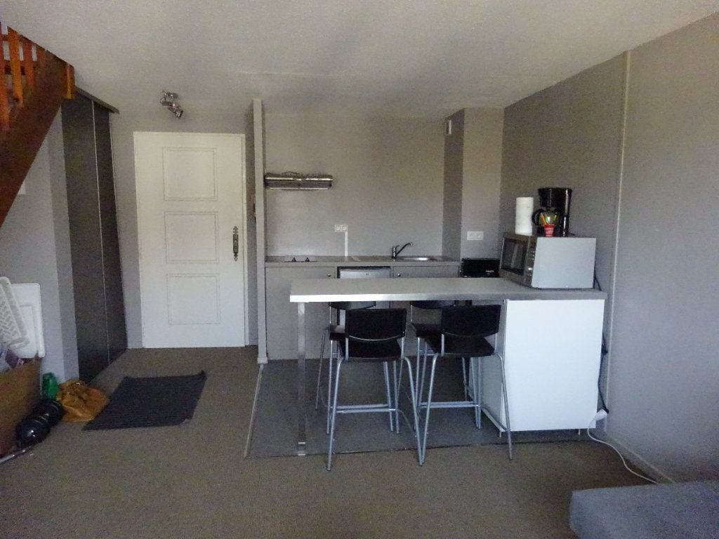 Appartement à louer 2 38m2 à Mont-de-Marsan vignette-4