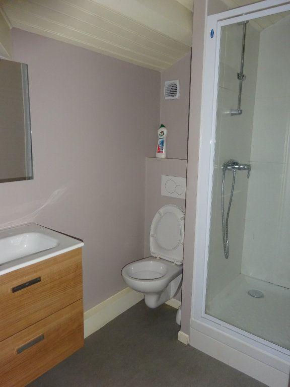 Appartement à louer 2 38m2 à Mont-de-Marsan vignette-5