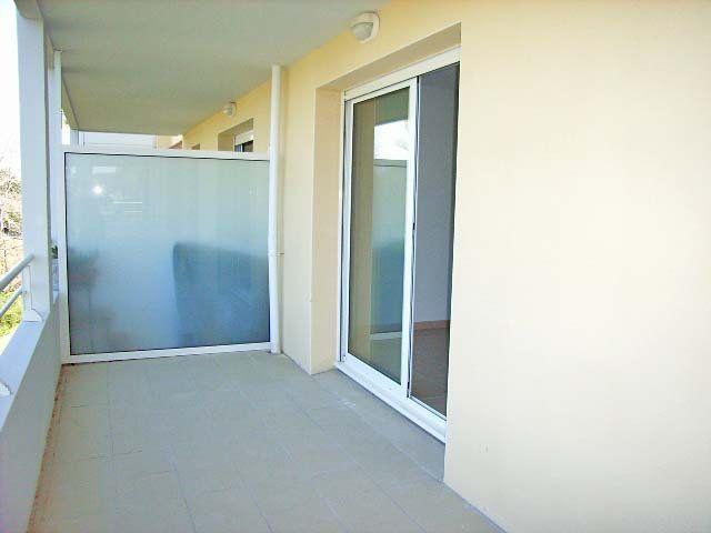 Appartement à louer 3 65m2 à Mont-de-Marsan vignette-2