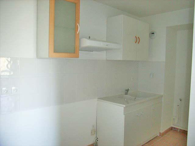 Appartement à louer 3 65m2 à Mont-de-Marsan vignette-4