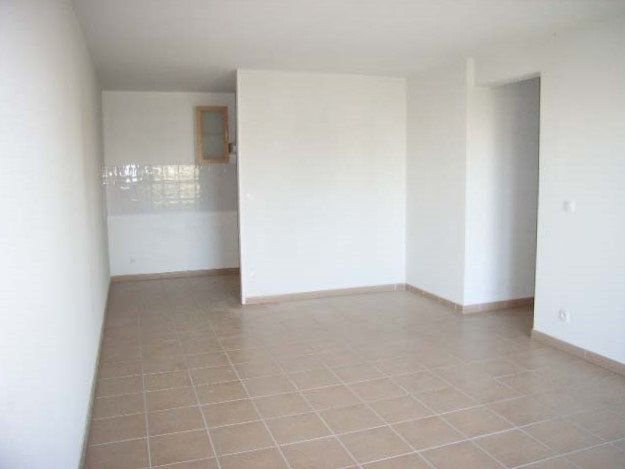 Appartement à louer 3 65m2 à Mont-de-Marsan vignette-5