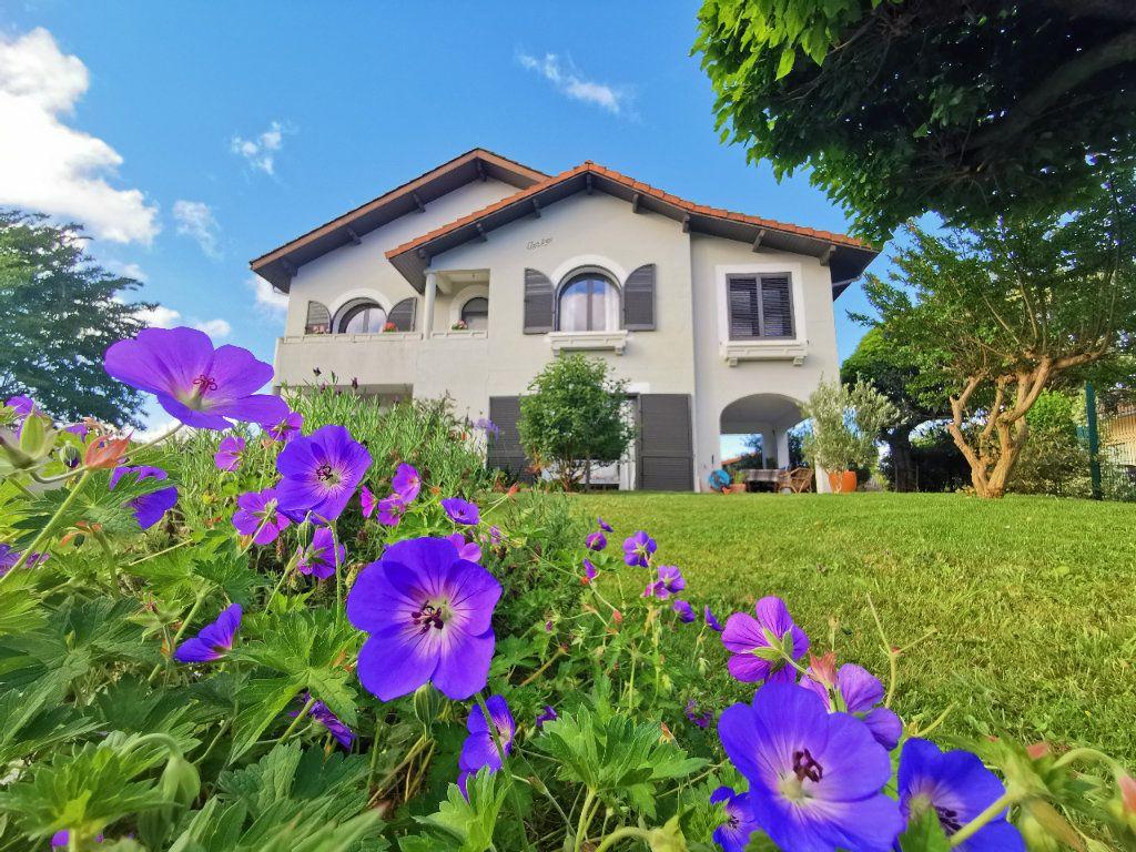 Maison à vendre 8 190m2 à Saint-Sever vignette-1
