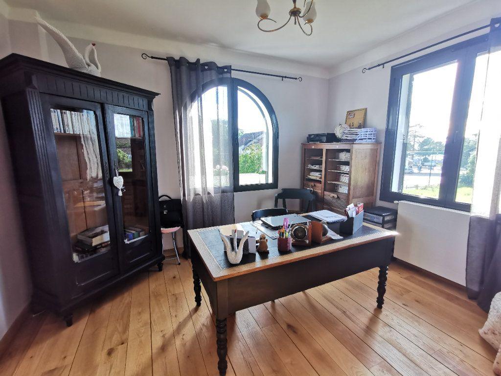 Maison à vendre 8 190m2 à Saint-Sever vignette-11
