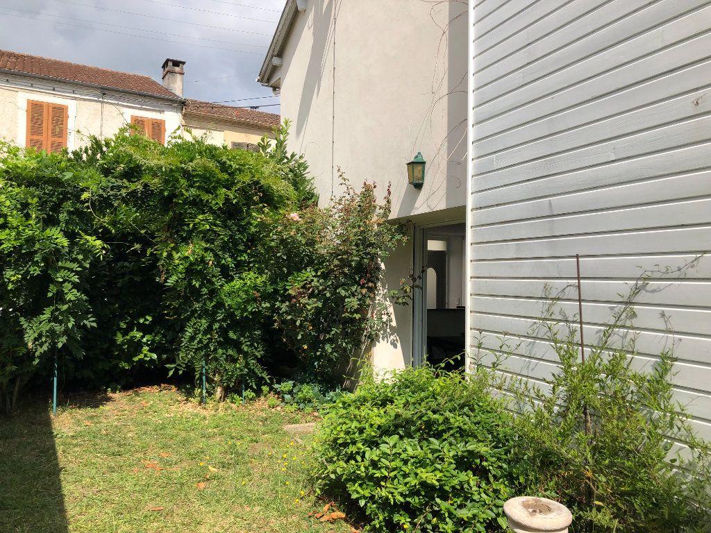 Maison à louer 3 54m2 à Mont-de-Marsan vignette-1
