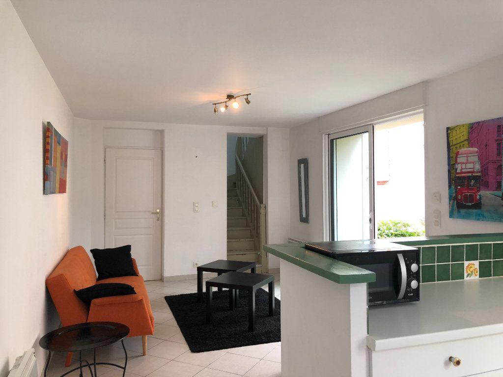 Maison à louer 3 54m2 à Mont-de-Marsan vignette-2