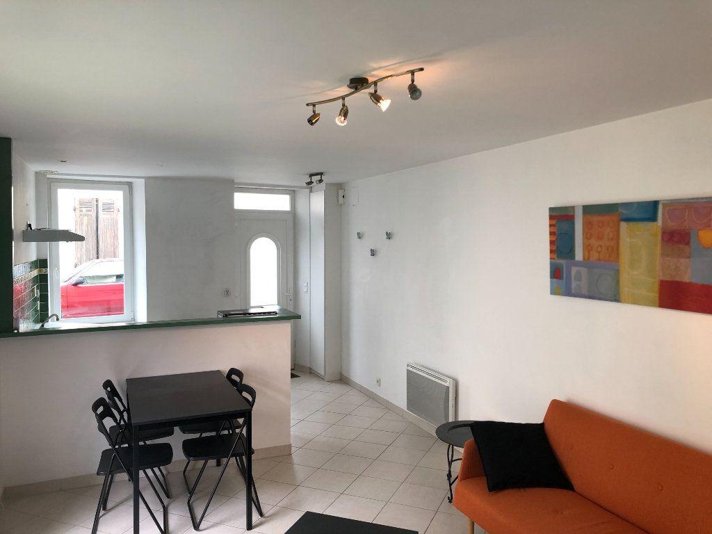 Maison à louer 3 54m2 à Mont-de-Marsan vignette-4