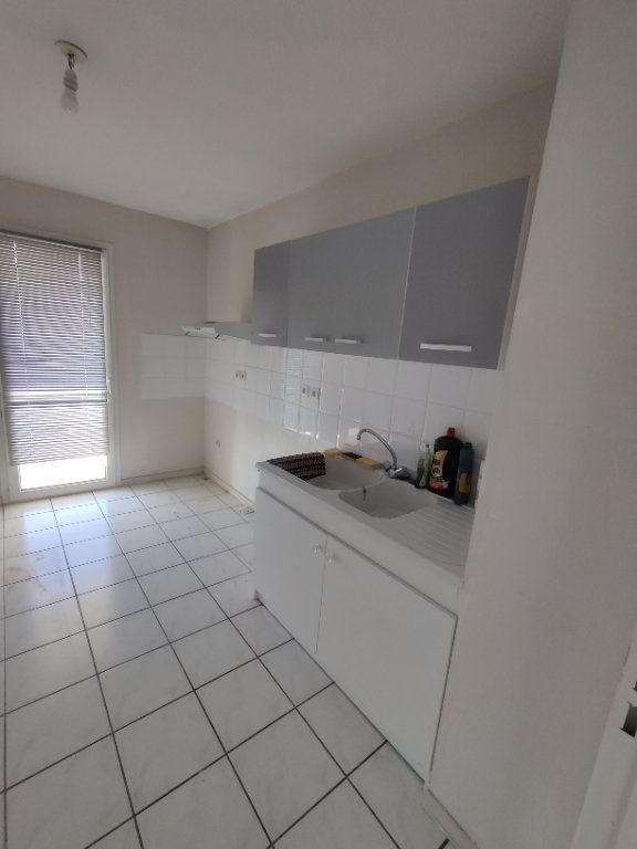 Appartement à louer 3 64m2 à Mont-de-Marsan vignette-11