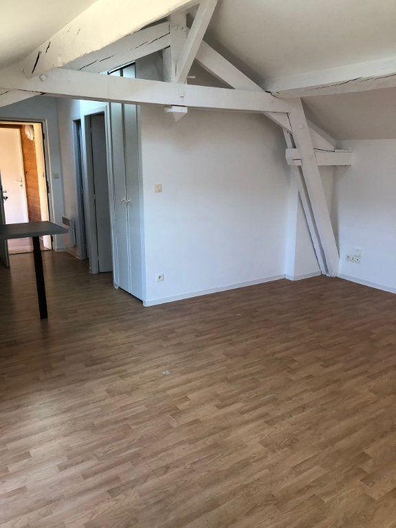 Appartement à louer 2 47.5m2 à Mont-de-Marsan vignette-5