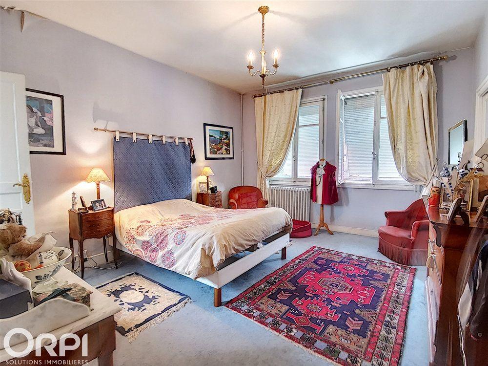 Maison à vendre 8 170m2 à Charleval vignette-10