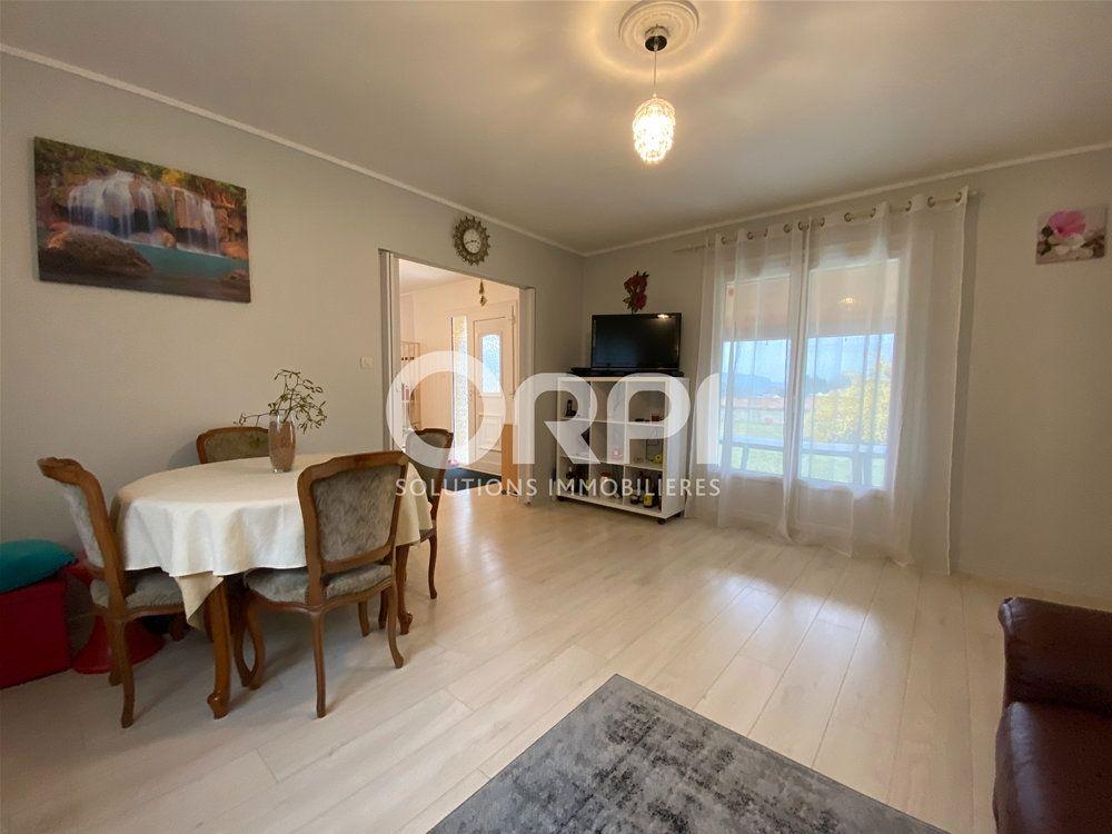 Maison à vendre 3 65m2 à Rosay-sur-Lieure vignette-3