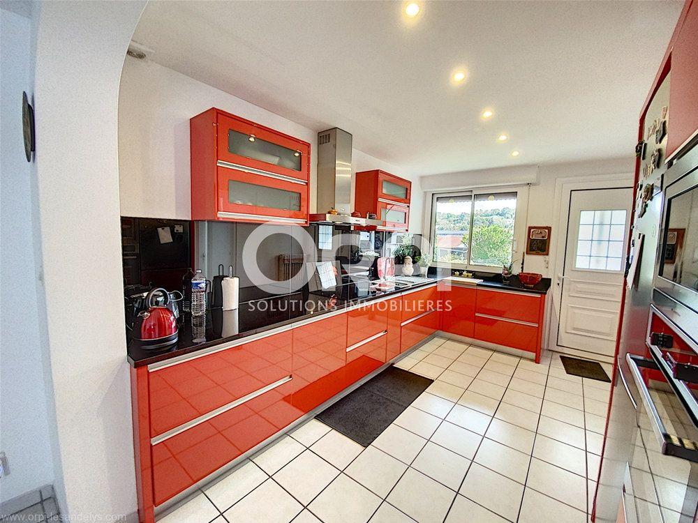 Maison à vendre 5 102m2 à Les Andelys vignette-2