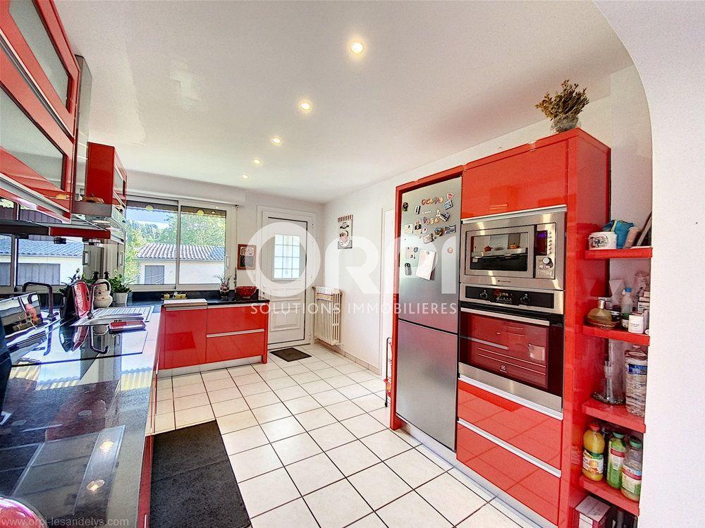 Maison à vendre 5 102m2 à Les Andelys vignette-3