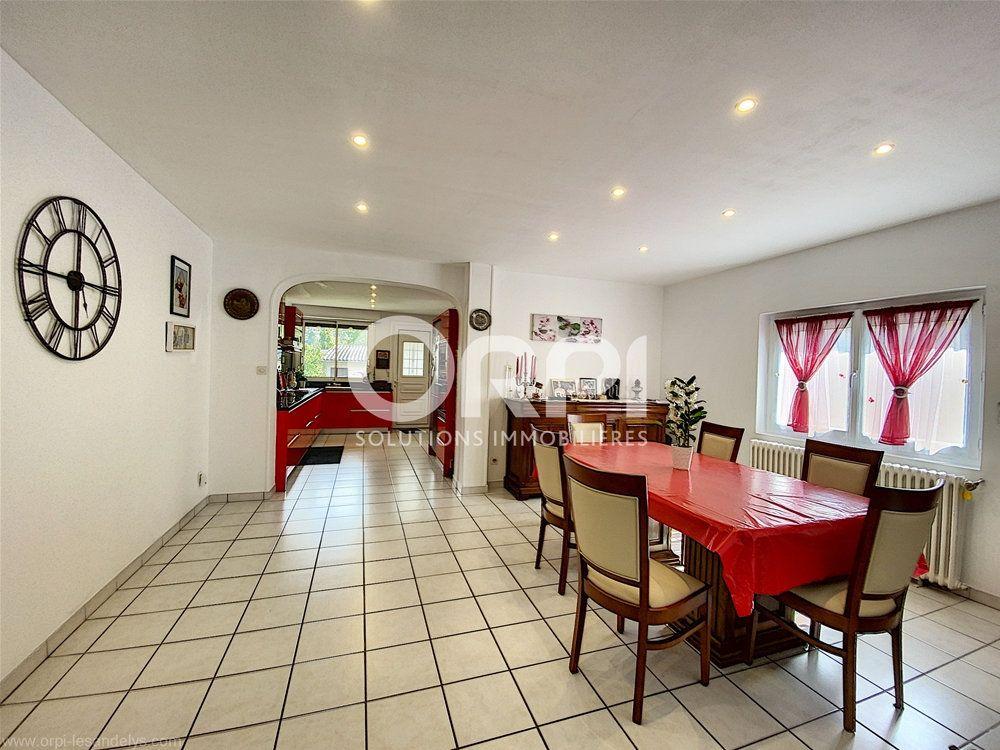Maison à vendre 5 102m2 à Les Andelys vignette-4