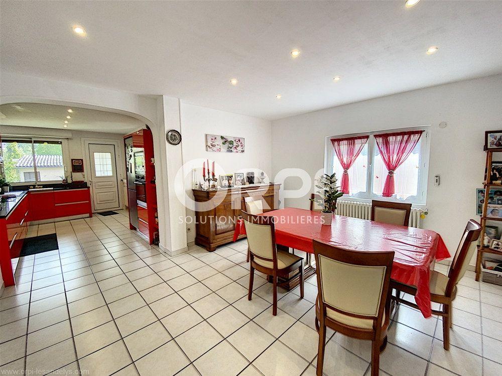 Maison à vendre 5 102m2 à Les Andelys vignette-5