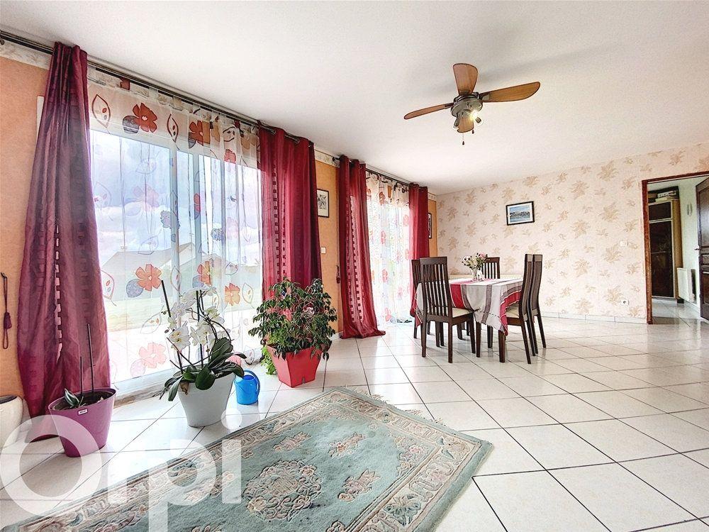Maison à vendre 8 168m2 à Mézières-en-Vexin vignette-2
