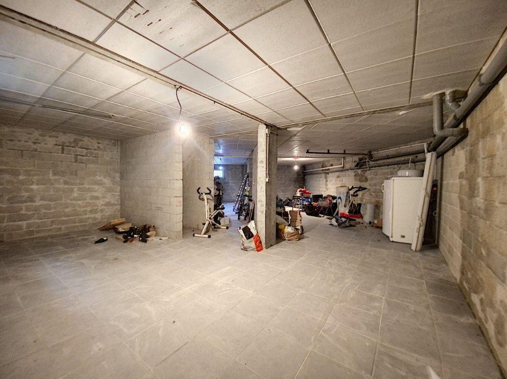 Maison à vendre 8 168m2 à Mézières-en-Vexin vignette-9
