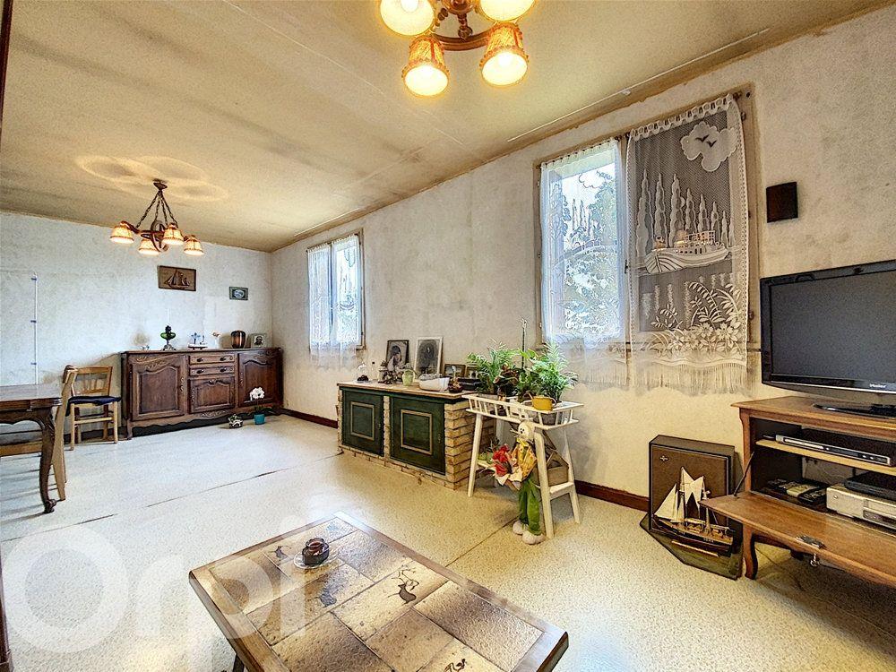 Maison à vendre 4 78m2 à La Roquette vignette-3