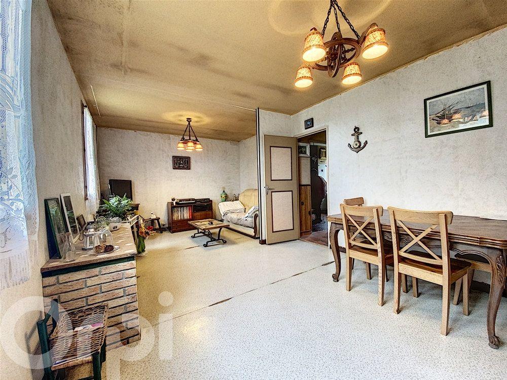 Maison à vendre 4 78m2 à La Roquette vignette-5