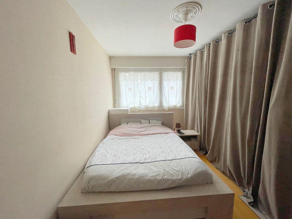 Appartement à louer 3 74m2 à Boulogne-sur-Mer vignette-5