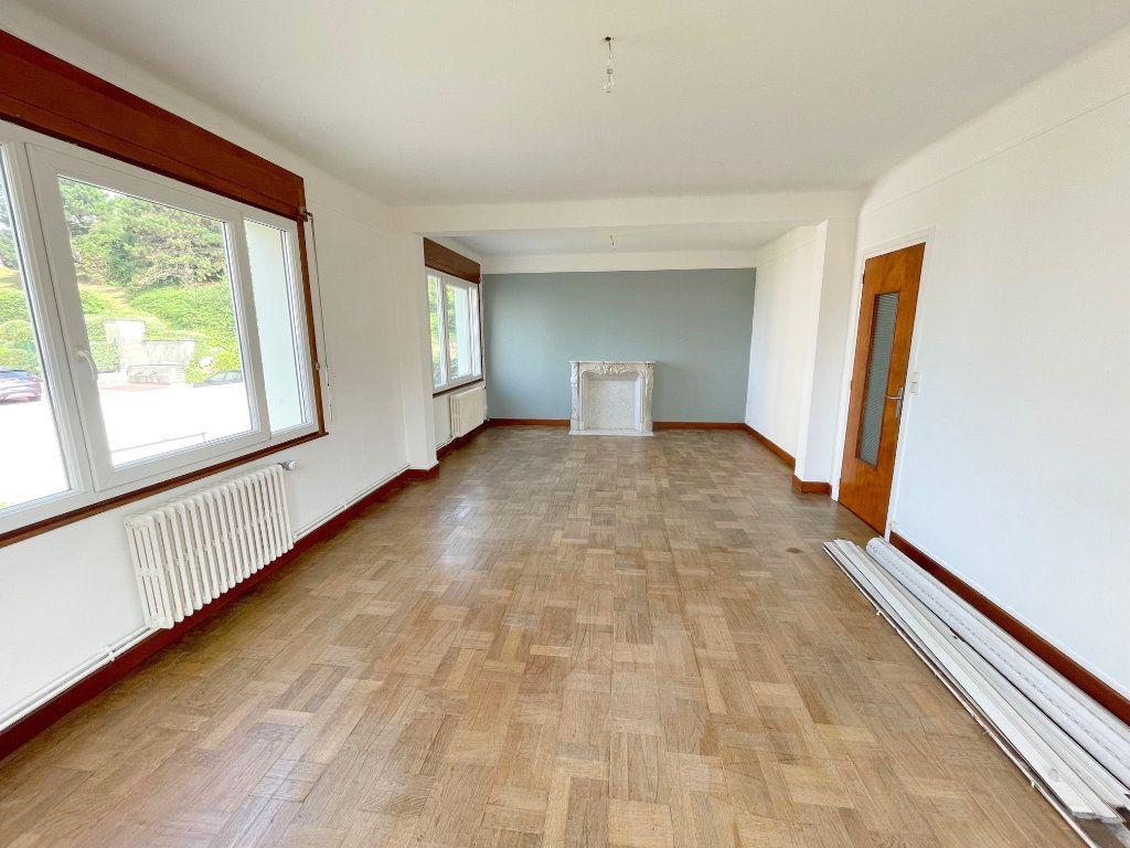 Appartement à louer 3 96m2 à Boulogne-sur-Mer vignette-1