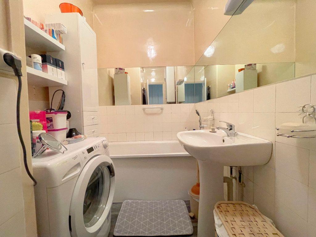 Appartement à louer 3 82m2 à Boulogne-sur-Mer vignette-5