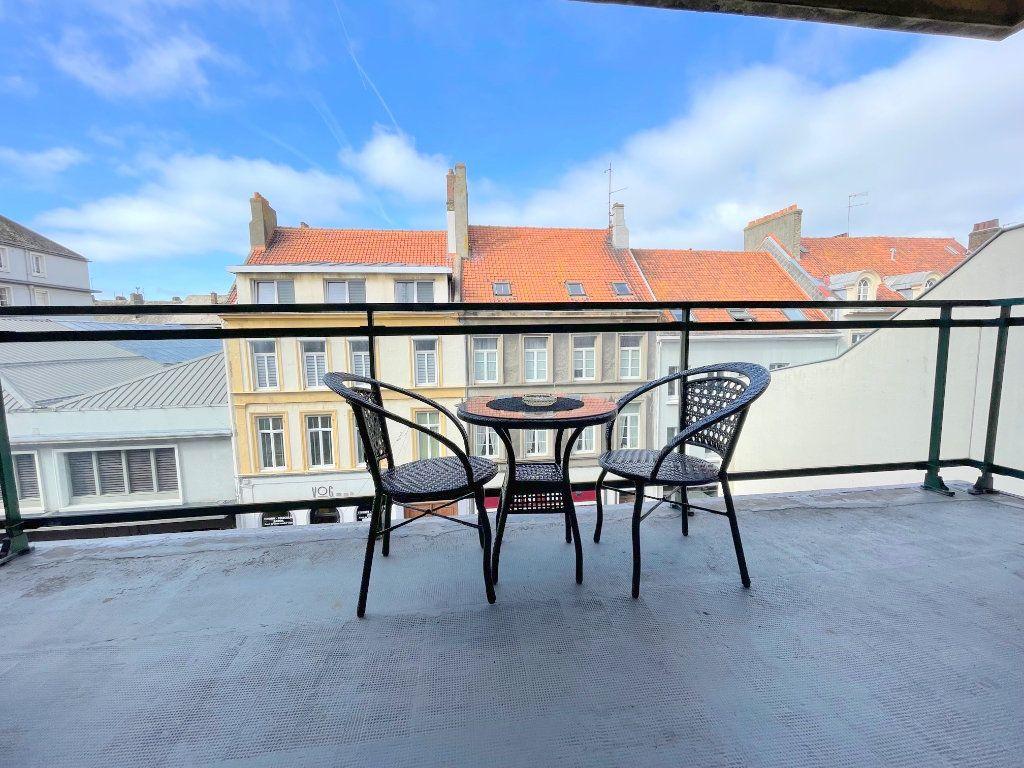Appartement à louer 3 82m2 à Boulogne-sur-Mer vignette-6