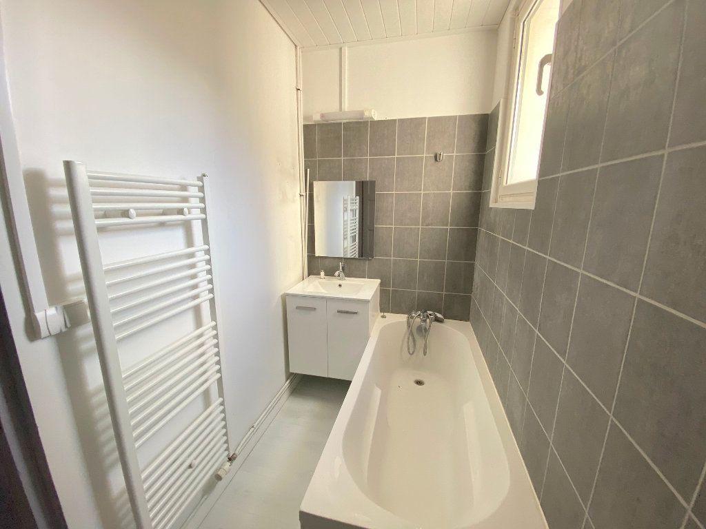Appartement à louer 3 61m2 à Boulogne-sur-Mer vignette-4
