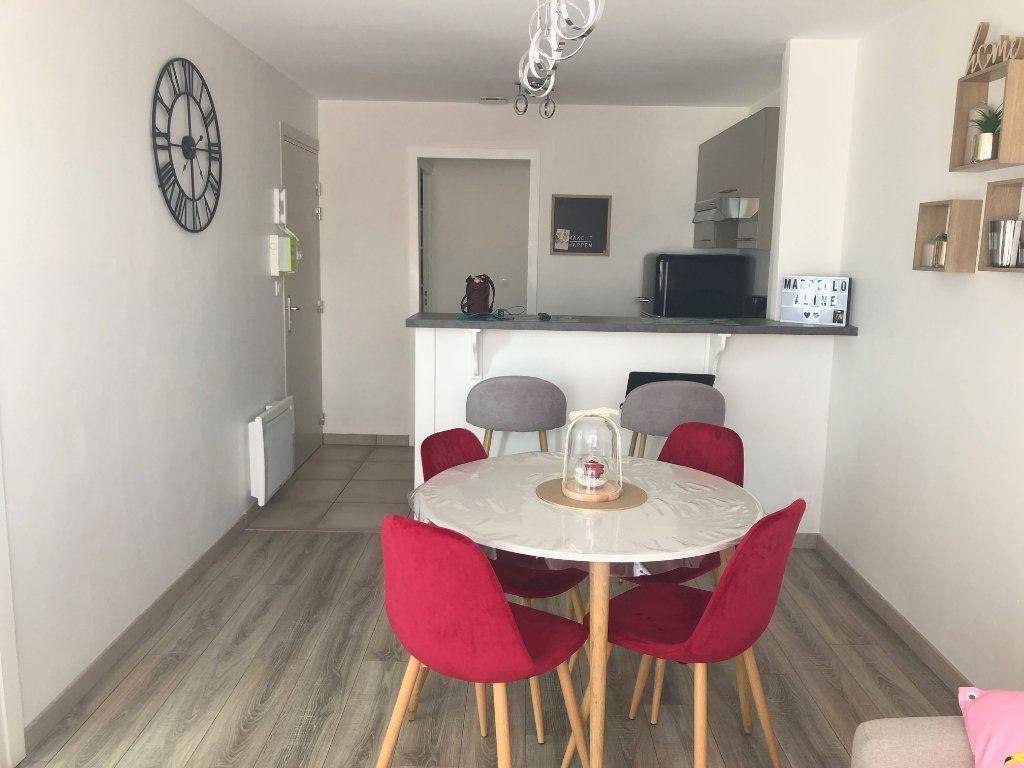 Appartement à louer 3 44m2 à Boulogne-sur-Mer vignette-1