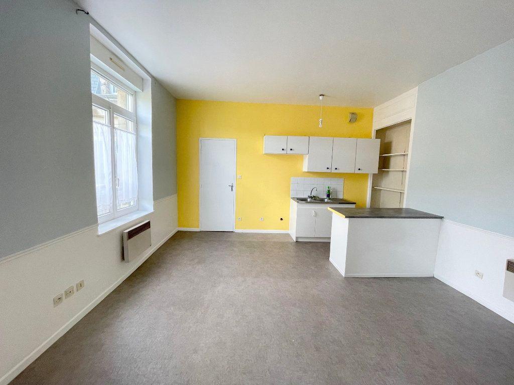 Appartement à louer 2 38m2 à Boulogne-sur-Mer vignette-1