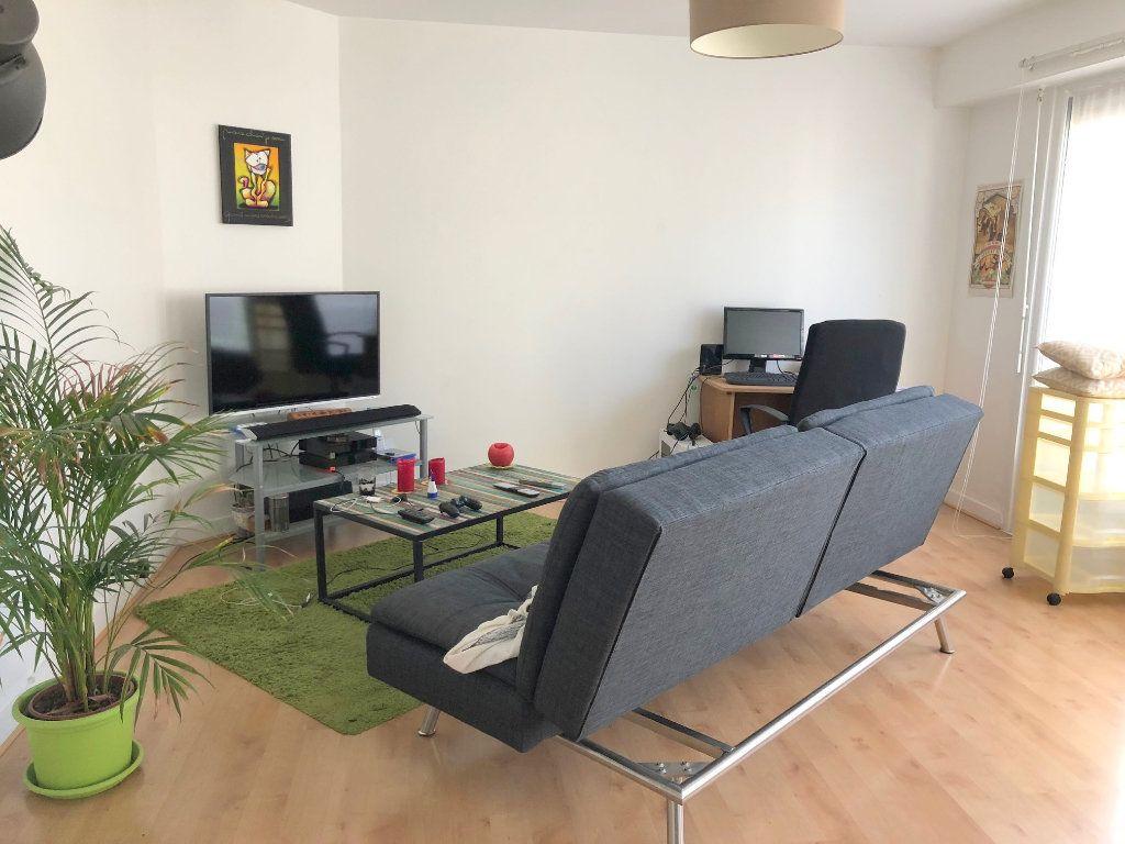 Appartement à louer 2 64m2 à Boulogne-sur-Mer vignette-1