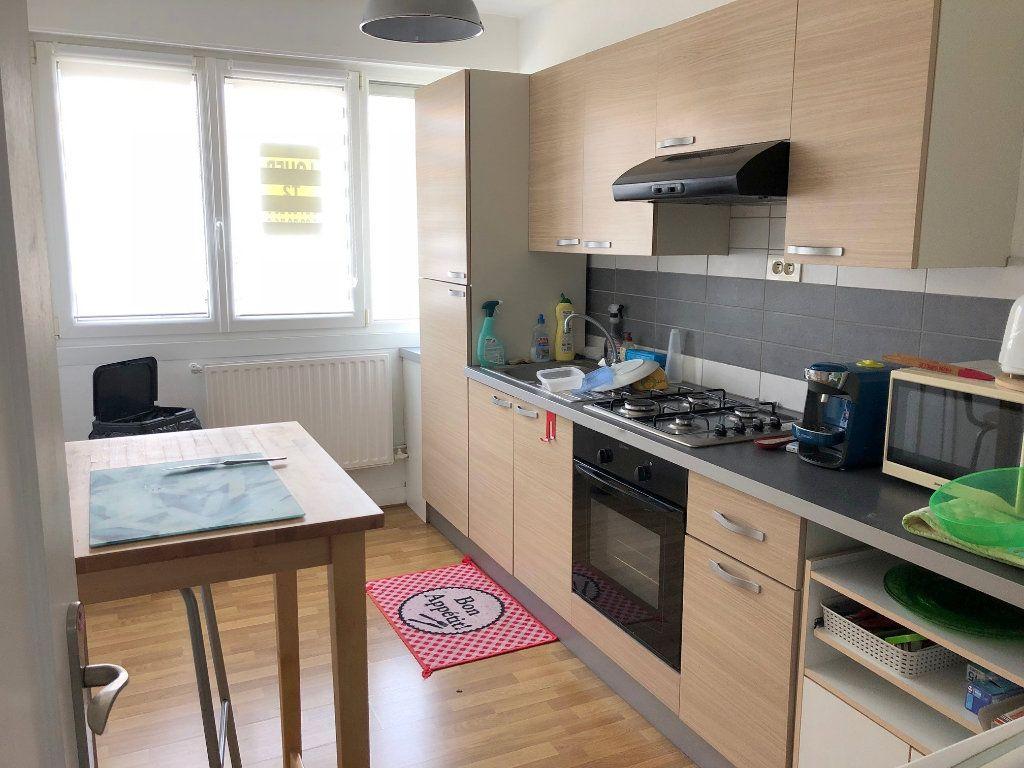 Appartement à louer 2 64m2 à Boulogne-sur-Mer vignette-2