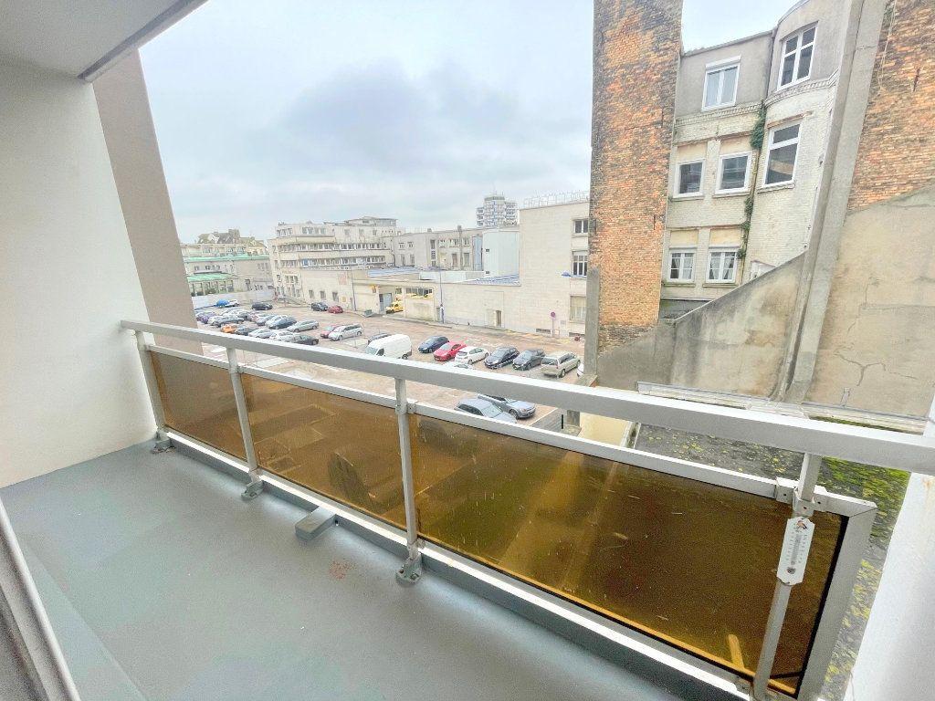 Appartement à louer 2 64m2 à Boulogne-sur-Mer vignette-5