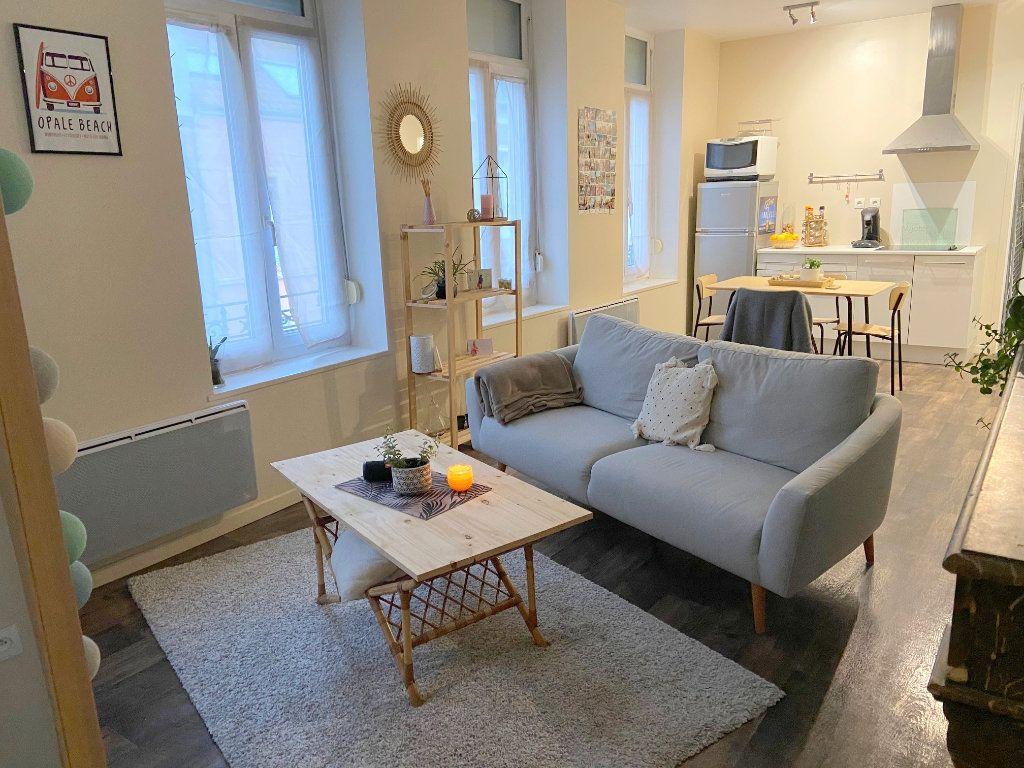 Appartement à louer 2 43m2 à Boulogne-sur-Mer vignette-2