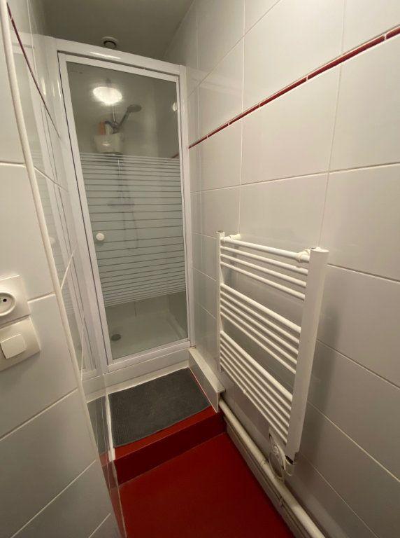 Appartement à louer 2 43m2 à Boulogne-sur-Mer vignette-5