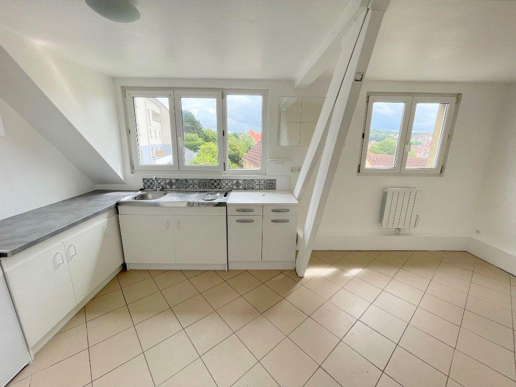 Appartement à louer 2 34m2 à Boulogne-sur-Mer vignette-2