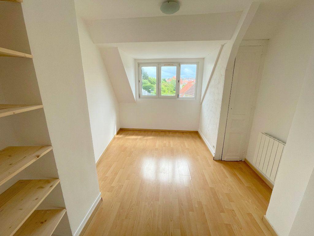 Appartement à louer 2 34m2 à Boulogne-sur-Mer vignette-3