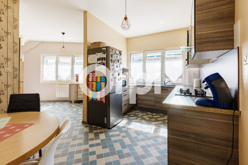Appartement à vendre 3 82.5m2 à Boulogne-sur-Mer vignette-2