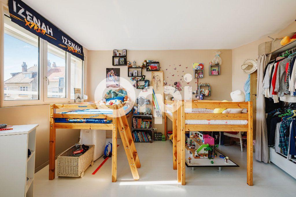 Appartement à vendre 3 82.5m2 à Boulogne-sur-Mer vignette-6