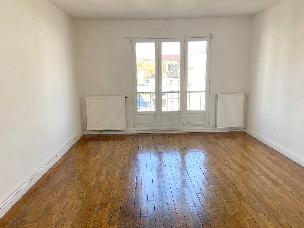 Appartement à louer 2 57m2 à Boulogne-sur-Mer vignette-2
