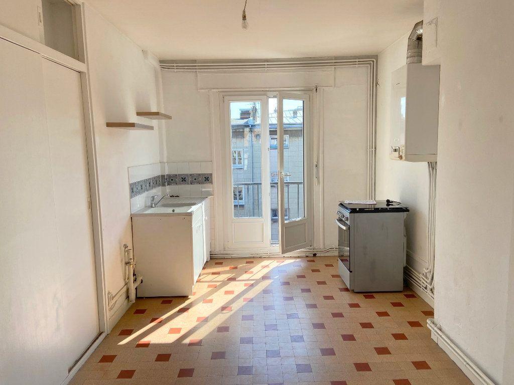 Appartement à louer 2 57m2 à Boulogne-sur-Mer vignette-3