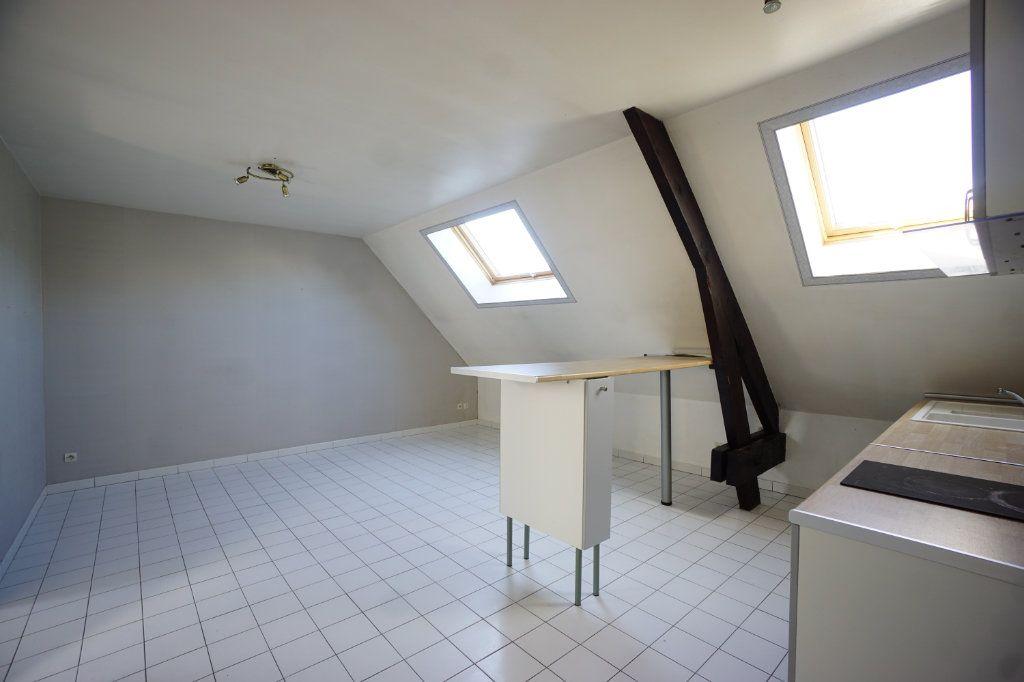 Appartement à louer 3 51m2 à Boulogne-sur-Mer vignette-2