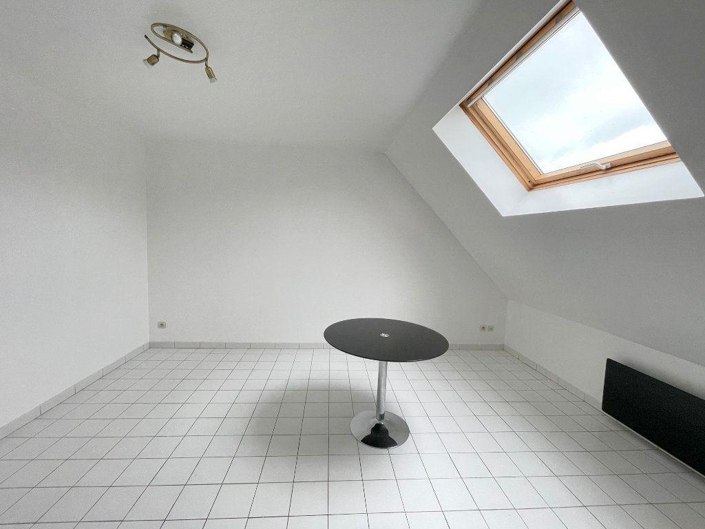 Appartement à louer 3 51m2 à Boulogne-sur-Mer vignette-3