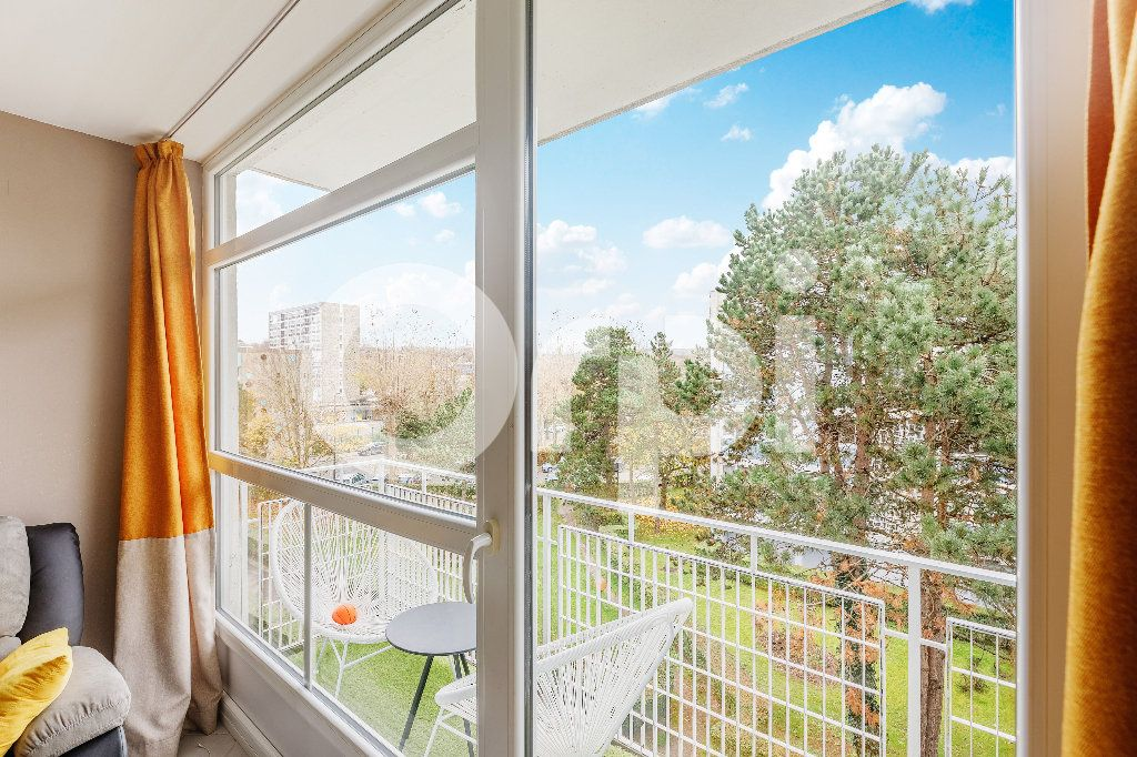 Appartement à vendre 5 68m2 à Boulogne-sur-Mer vignette-1
